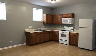 Kitchen, 2830 E 77th Pl # 3