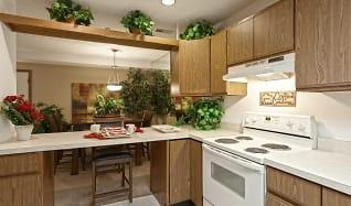 Kitchen, Saddlewood Park Townhomes