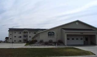 Exterior, Eastview Apartments