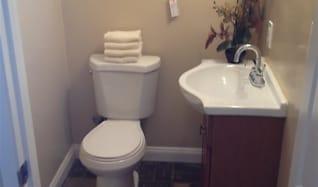 Bathroom, 1814 Lake Street