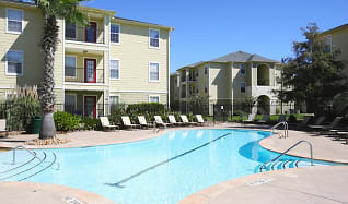 Pool, Crossing Place Apartments