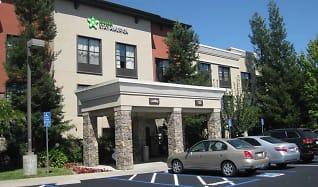 Building, Furnished Studio - Santa Rosa - North
