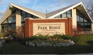 Building, Park Ridge Commons