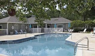 Pool, Pine Club Apartments