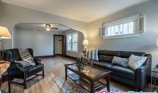 Living Room, 1110 Virginia St