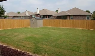 118 Red Cloud Dr, Edgewood, TX