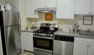 Kitchen, Weymouth Commons