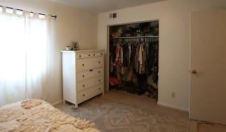 Bedroom, Broadway Apartments