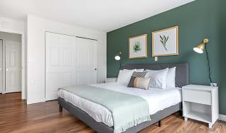 Bedroom, Christopher Columbus Plaza