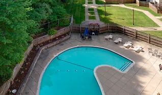 Pool, Mill House Apartments