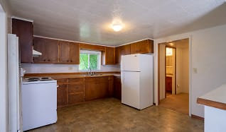 Kitchen, 2102 A Garfield Ave NW