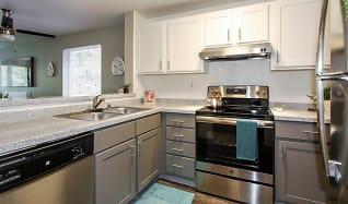 Kitchen, The Diplomat Apartment Homes