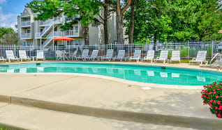 Pool, Stonebridge Apartments