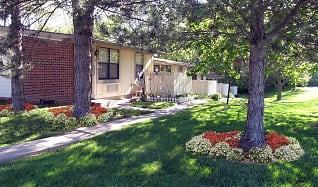Landscaping, Daniel Court Apartments
