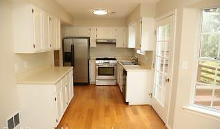 Kitchen, 396 Wynridge Ln.