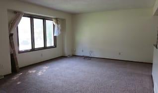 Living Room, 307 Porter Ave