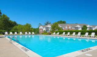 Pool, Valley Stream Townhomes