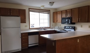 Kitchen, Eid Townhomes
