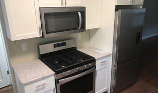 Kitchen, 2067 Victoria St N