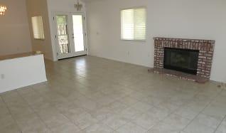 Living Room, 2190 S Glenwood Avenue