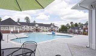 Pool, Palisades At Legacy Oaks