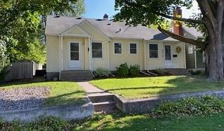 4916 Morehead Ave, Hugo, MN