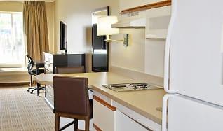 Kitchen, Furnished Studio - Minneapolis - Eden Prairie - Technology Drive