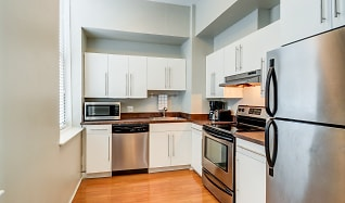 Kitchen, Baker Chocolate Factory Apartments