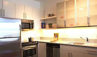 Kitchen, Mezzo Design Lofts