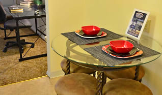 Dining Room, Evergreen Terrace Apartments (ETSU/JCMC)