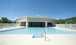 Pool, Briarwood Terrace