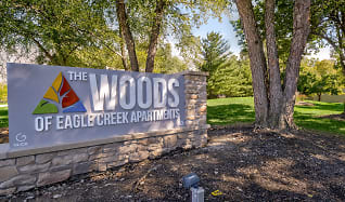 Community Signage, The Woods of Eagle Creek Apartments