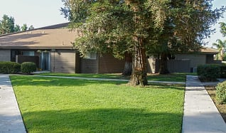 Building, Redwood Glen Apartments