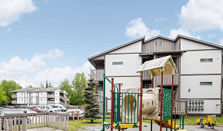 Playground, Town Square Manor