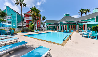 Pool, Residence at West Beach