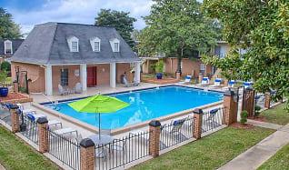 Pool, Cordova Regency
