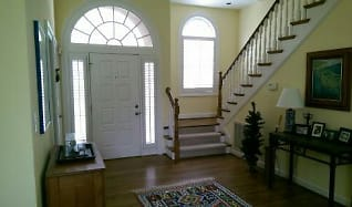Living Room, 126 S RIVER HILL DR