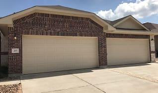 215 Hidden Springs Drive, Circle D-KC Estates, TX