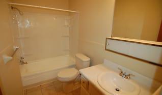 Bathroom, Colonial Crest Apartments Gas City