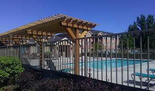 Pool, Pleasant Springs