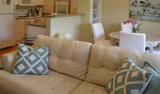 Living Room, Woodlands Of Athens
