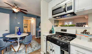 Kitchen, Cobblestone Creek