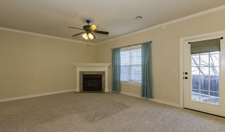 Living Room, 11212 S Cedar St