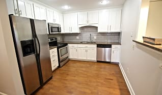 Kitchen, Bourgmont Apartments