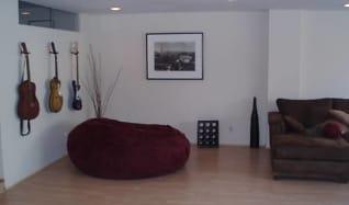 Living Room, 321 North Oakhurst Drive