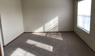 Living Room, 6641 Amick Way