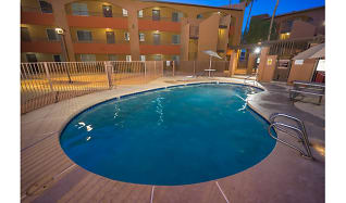 Pool, Palm Aire