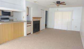 576 Breckenridge Village #104, Orange City, FL