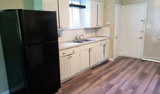 Kitchen, 11014 Cedar Ln