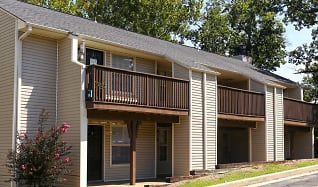 Building, Forrest Brook Apartments and Townhomes